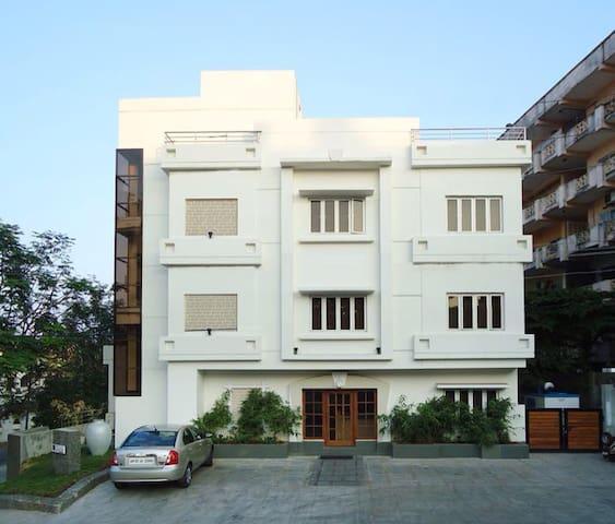 Luxury rooms in Classic - Visakhapatnam  - Bed & Breakfast