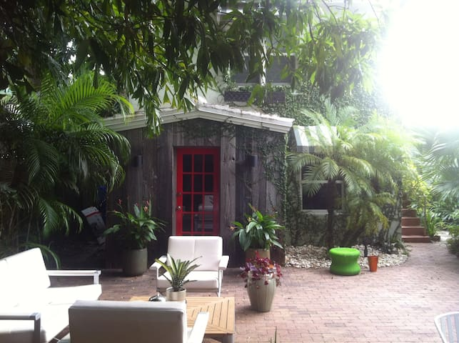 Morningside Treehouse Studio - Miami - Appartement