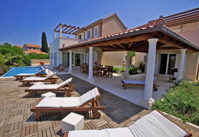 Luxury villa Korina, Brac Island - Mirca - Villa