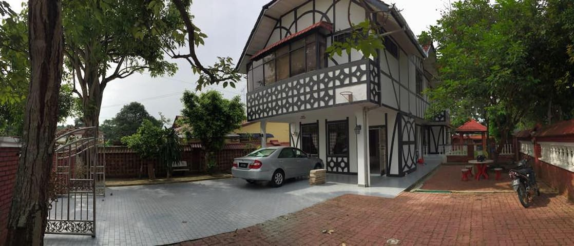 Double Storey Bungalow for rent!!! - Kulai - House