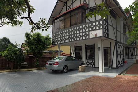 Double Storey Bungalow for rent!!! - Kulai - Dům