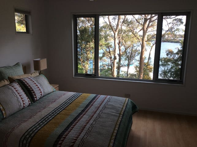 Treetops Waterfront BnB Paynesville - Paynesville - Bed & Breakfast