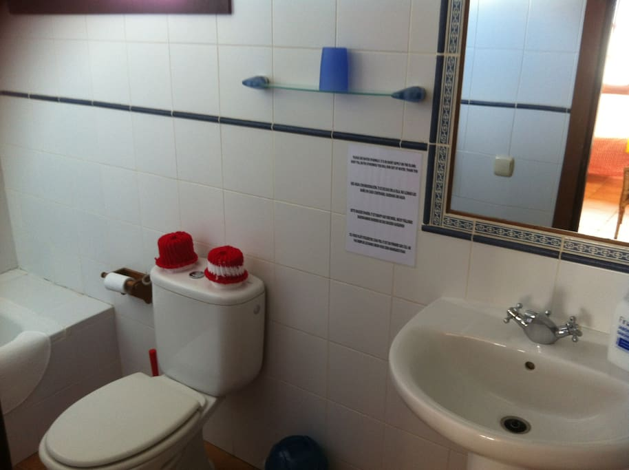 En suite shower room for Studio 2