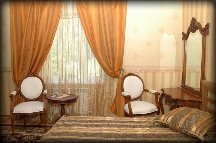 """Апарт-Отель """"Шале"""" (Apart-Hotel)№9"""