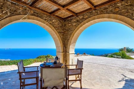Breathtaking panoramic sea view - Κεραμες