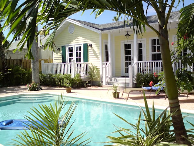 Stunning House & Cabana + Pvt Pool - West Palm Beach - House