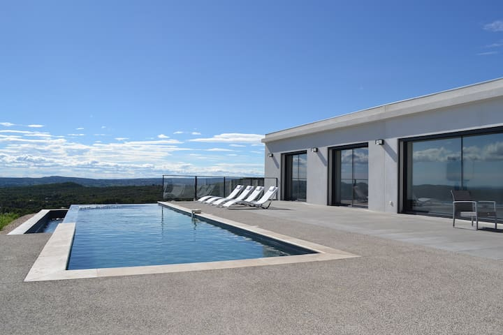 """Horizon"" luxury one level villa - Villeneuve-lès-Avignon - Villa"