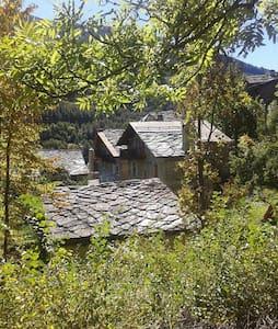 Ampia mansarda in baita di montagna - Oulx