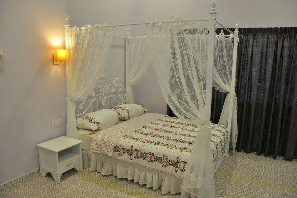 Double bed room for couples