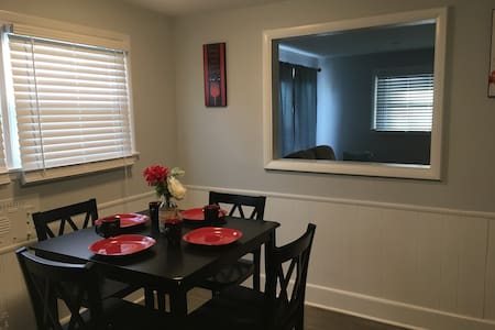 New 3 BR home~Easton~Airport - Columbus - Talo