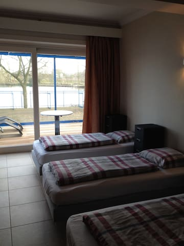 cosy appartment at the lakeside - Waregem - Daire