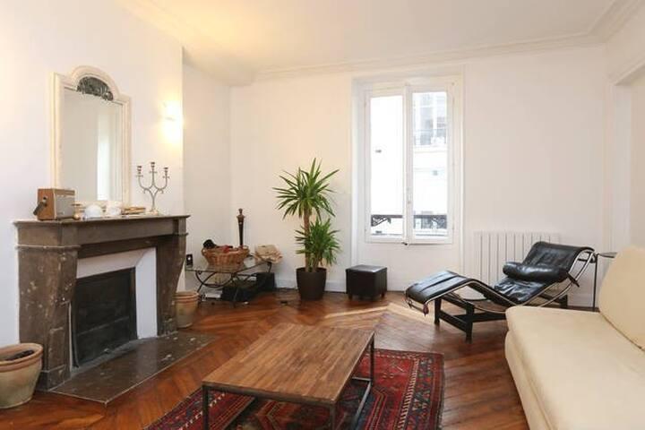 Apartment at the foot of SacréCoeur - Paris - Apartmen
