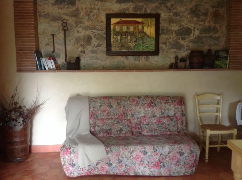 Soggiorno con divano letto Dining room with sofabed double