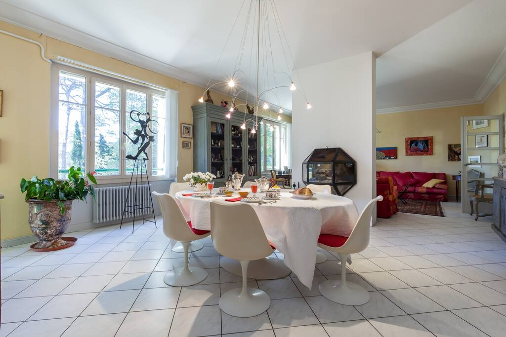 c t couette chambres d 39 h tes louer montpellier languedoc roussillon france. Black Bedroom Furniture Sets. Home Design Ideas
