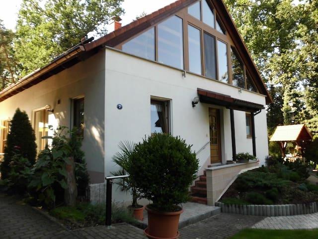 Ferienwohnung Hofmann Radebeul - Radebeul - House