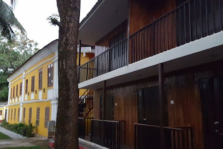 Cottage with large lawn garden - Saligao - Huis