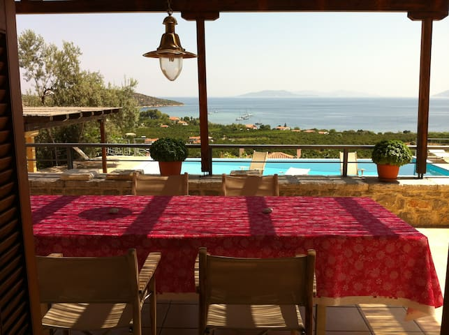 Villa, breathtaking view, pool