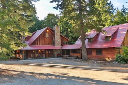 Rustic Neighborhood Lodge - Leavenworth - Ház