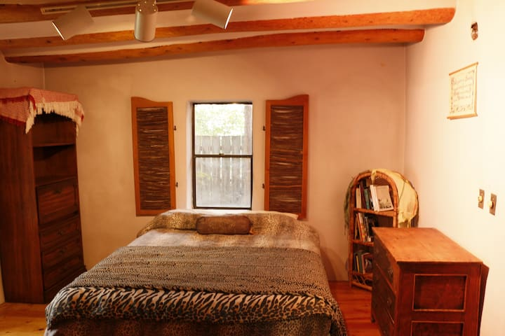 Peaceful Adobe Charm. Walk to Seco!  All Inclusive - Arroyo Seco