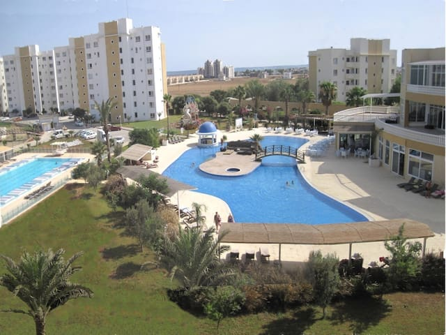 Apartments & Cyprus Dead Sea SPA!!! - Boğaz