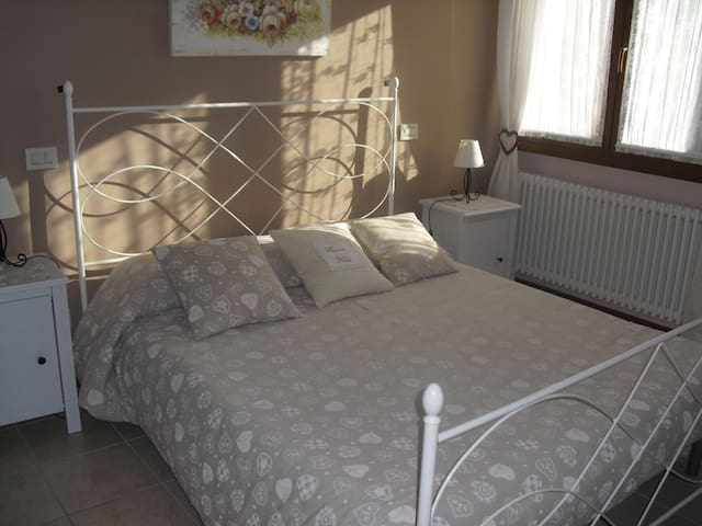 Gradevole B&B in villetta - Vicenza - Bed & Breakfast