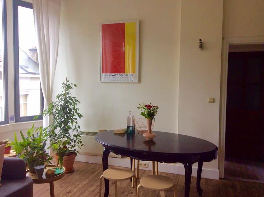 dinningroom & livingroom with lots of light
