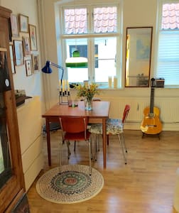 Cozy authentic app.in city centre - Aabenraa - Apartament