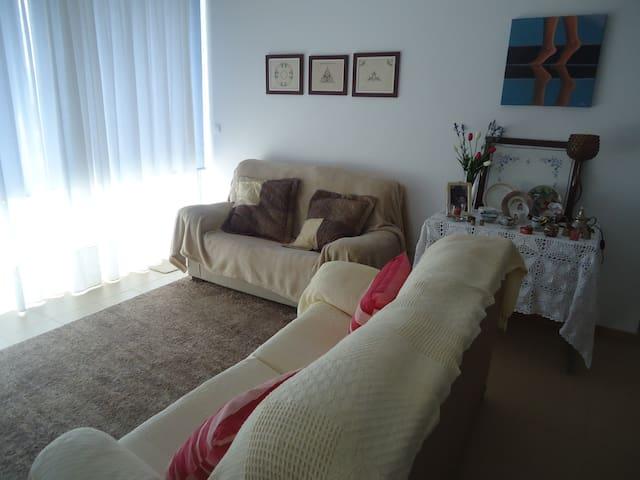 Apartamento T2 - Ponta Delgada - Pis