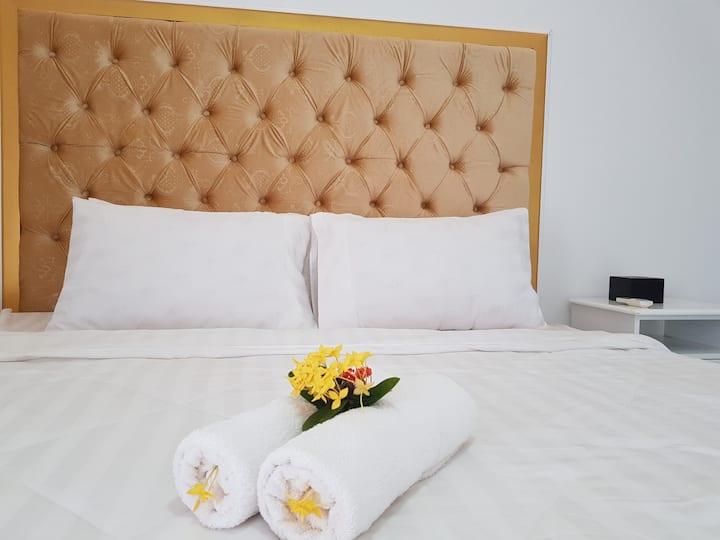 Deluxe for Best in Kampot