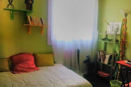 chambre près Luminy, hopitaux Cassi
