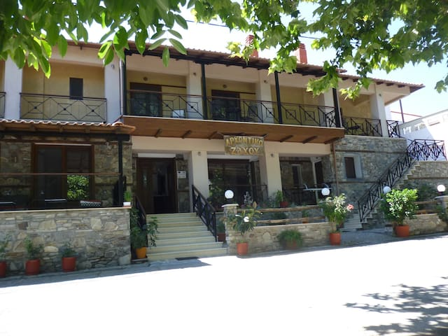 αρχοντικό - Thessaloniki - Townhouse