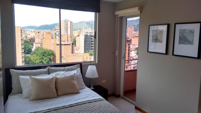 Laureles-Reviews, 24hr Security, AC, Balcony - Medellin - Flat