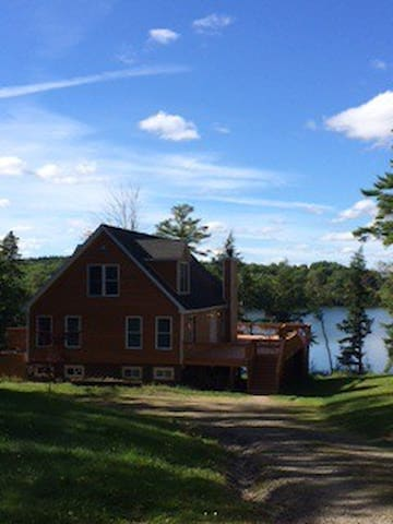 Catskills Mountain House on Lake