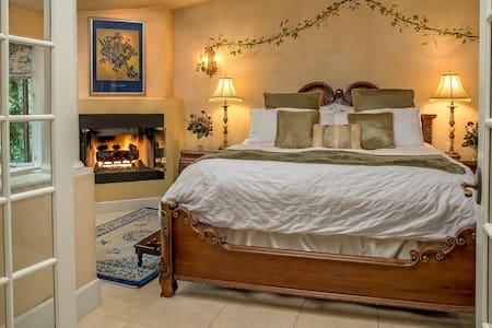 Candlelight Inn Napa Valley - Napa