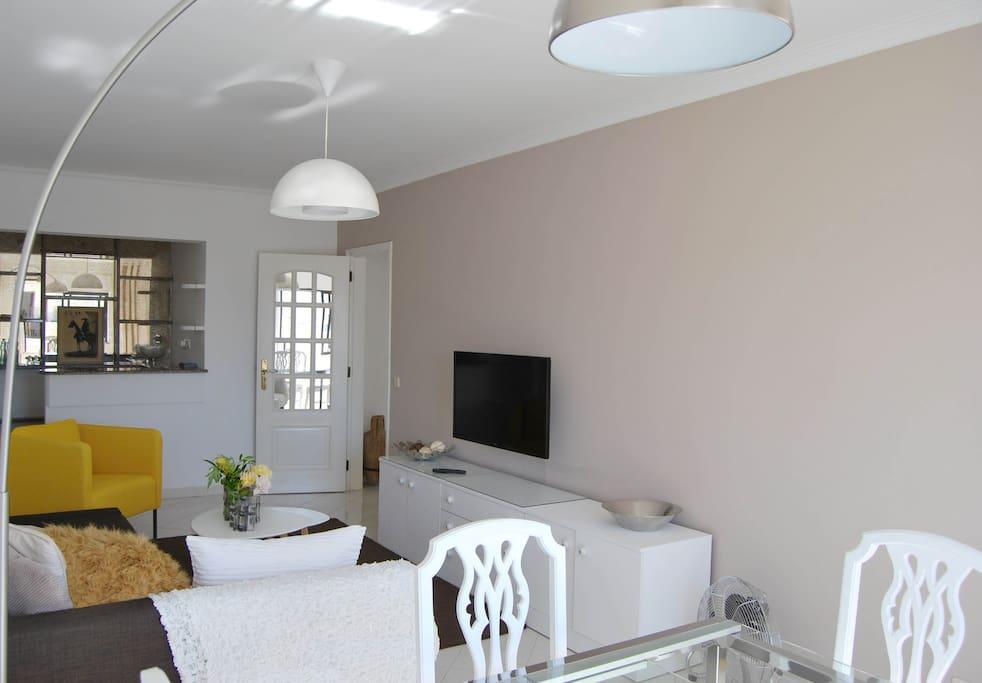 Bright Living Room television - audio