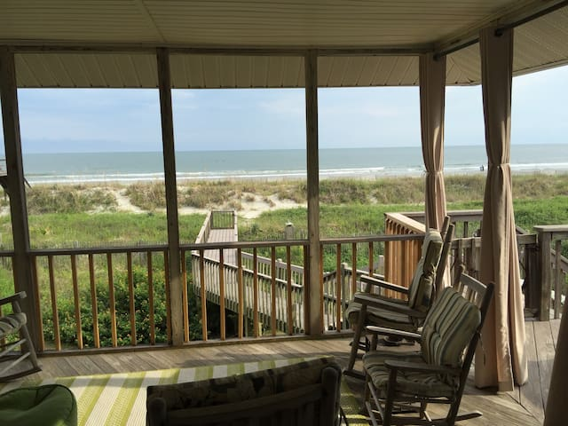 BEACHFRONT PARADISE - Folly Beach - Dom