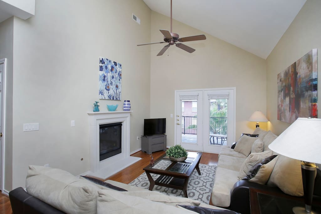 Cozy, substantial, high ceiling, living room