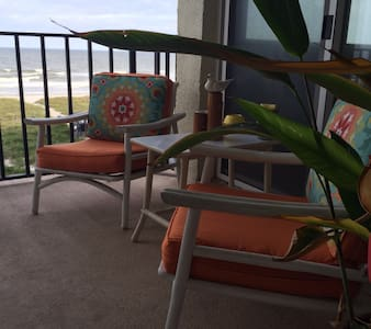 The ocean, the pool, the island air - Fernandina Beach - Condominium
