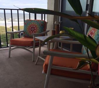 The ocean, the pool, the island air - Fernandina Beach - Condominio