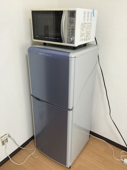 Refrigerator and microwave oven
