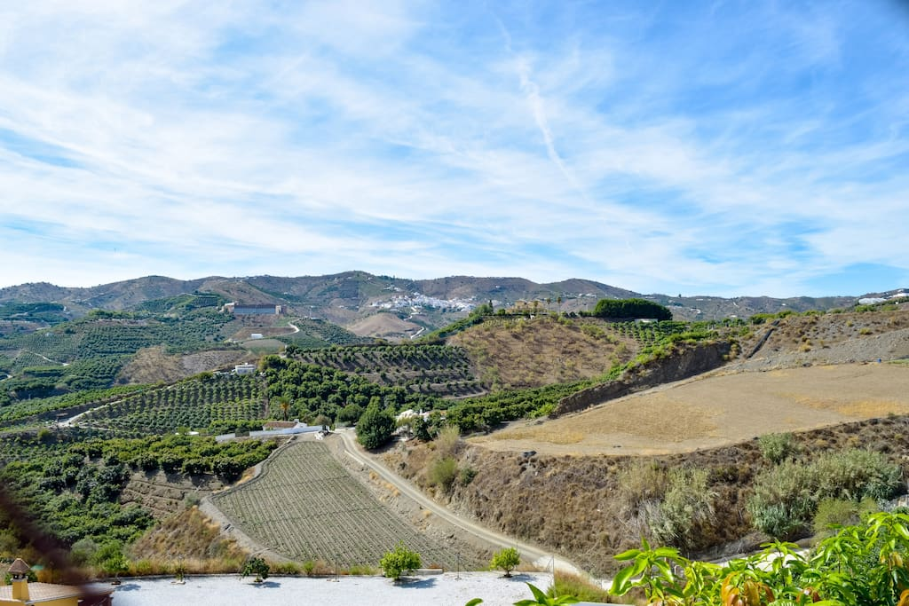 Casa rural villa solgor cottages for rent in benamocarra andaluc a spain - Casa rural spain ...