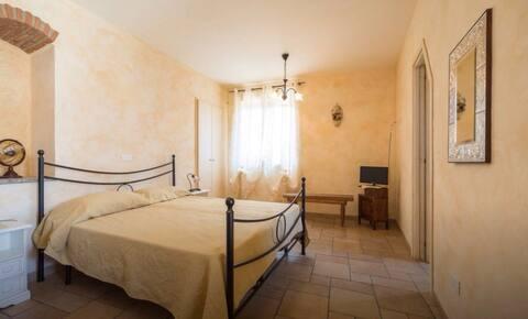 Camera in villa ad Alì Terme