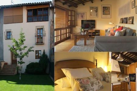 Casa PAU GIOL (2 a 8 huéspedes) - Centelles - Ev
