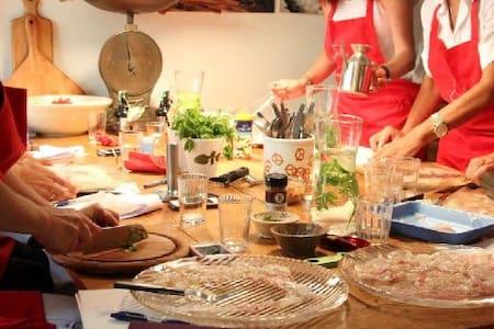 Camera Queen,Lezione di cucina - Bracciano