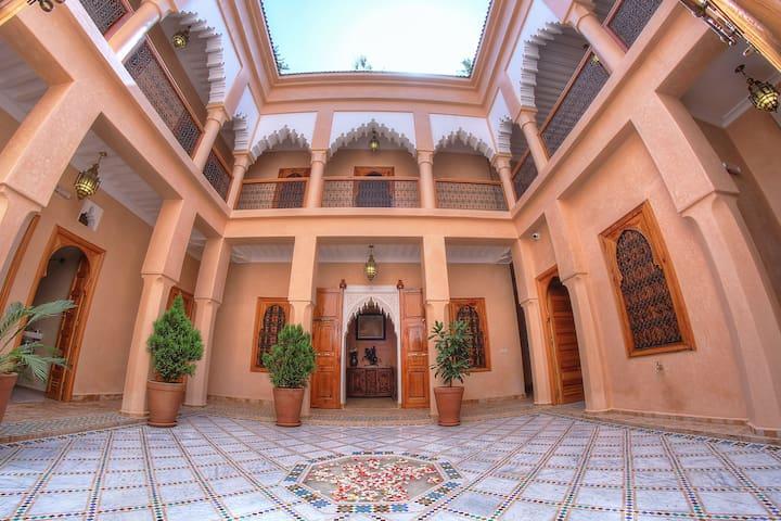 Single room in a charming Riad - Marràqueix - Bed & Breakfast