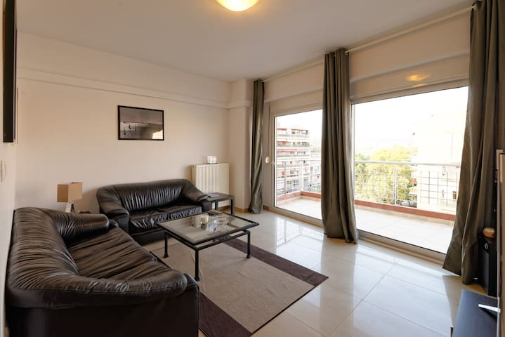 Modern and comfortable one bedroom. - Thessaloníki - Appartement
