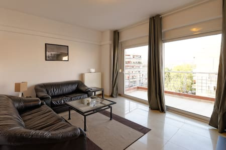 Modern and comfortable one bedroom. - Thessaloníki - Huoneisto