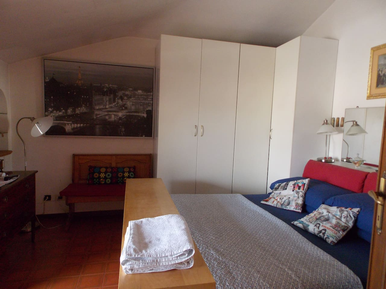 Stanza principale (First bedroom)