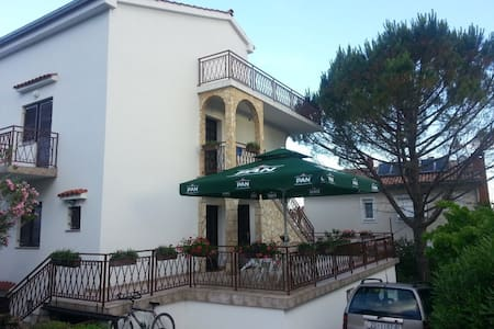 'B' apartment, Vlatka i Jakov Pavić - Malinska