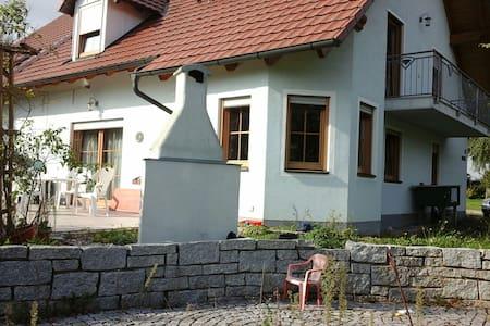 Wiesenunterkunft - Schweitenkirchen - Rumah